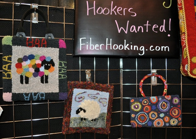 Fiberhooking projects in Fiberhooking.com's booth